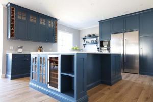 Hantverkskök i blå färg